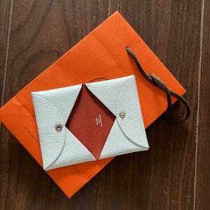 Hermès calvi card holder | last price